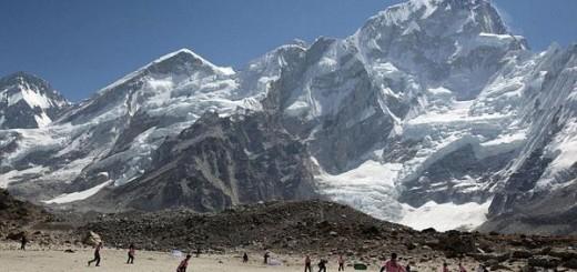 Everest cricket