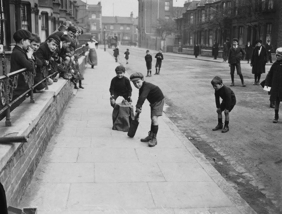 Street Cricket 1926