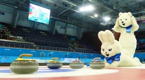 Sochi bear curling