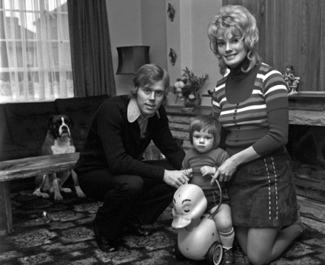 5/2/1971 Football Families.West Ham player Harry Redknapp stands with wife Sandra as his son Mark.Photo: Ray Wright / Offside.