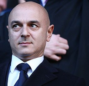 The-Tottenham-chairman-Da-007
