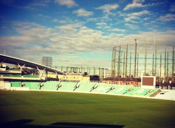 Oval in autumn