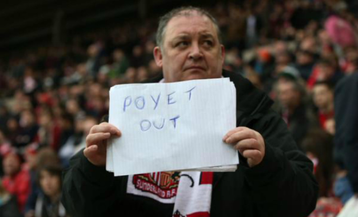 Poyet out sign