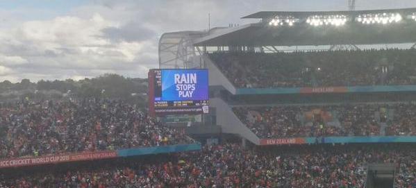 Rain stops play