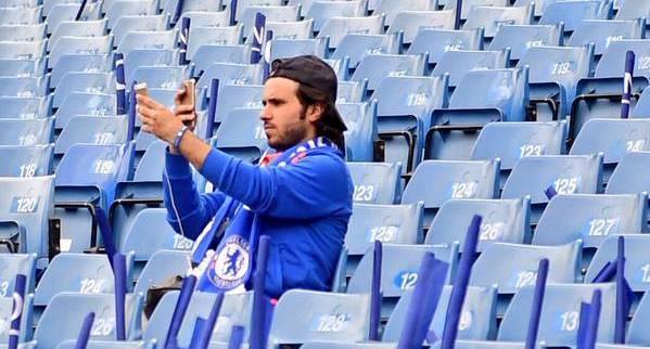 Chelsea fan taking a selfie of him taking a selfie