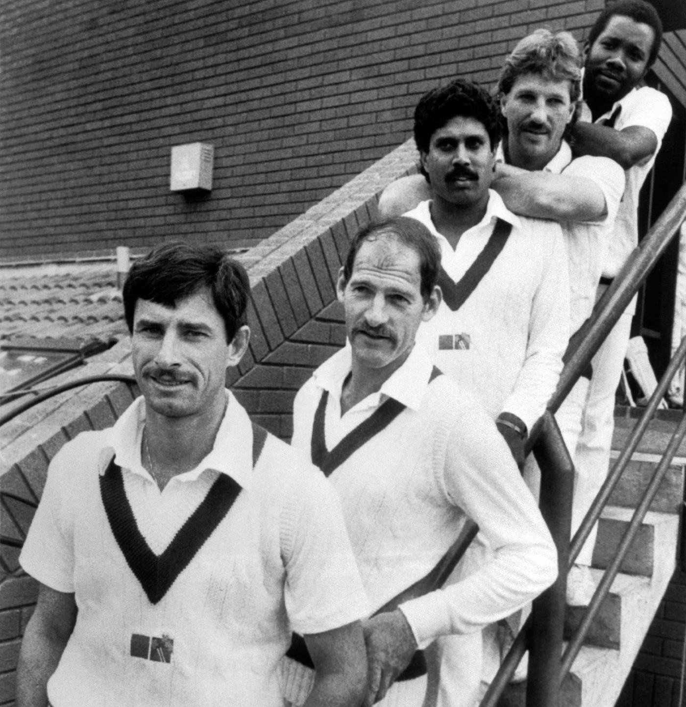 All rounders 80s