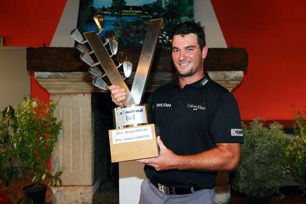 Ryan Fox strange trophy