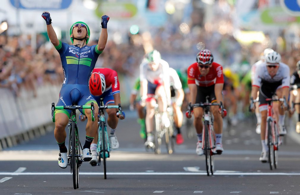 aus-cyclist-ewan-celebrates-as-he-takes-the-line-excited