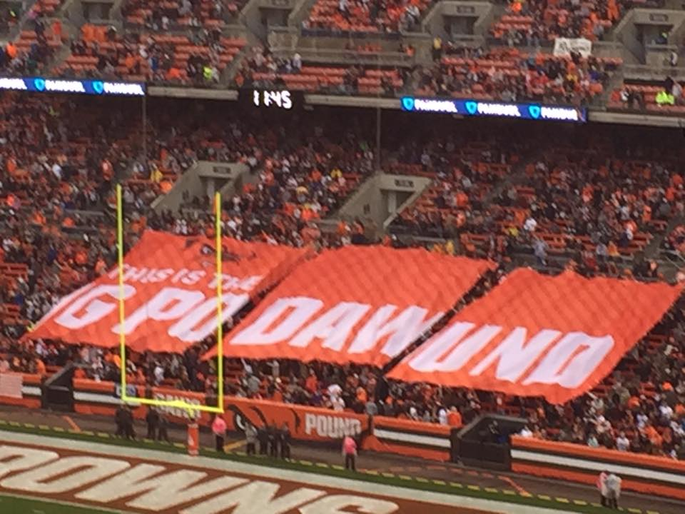 browns-fans-mistakenly-spell-gpodawund-instead-of-dawg-pound