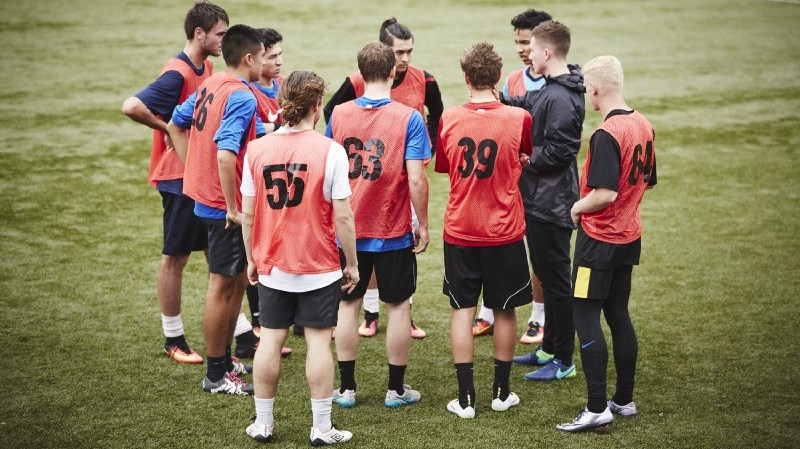 Kane talking tactics at the Nike Most Wanted Academy trials in Auckland